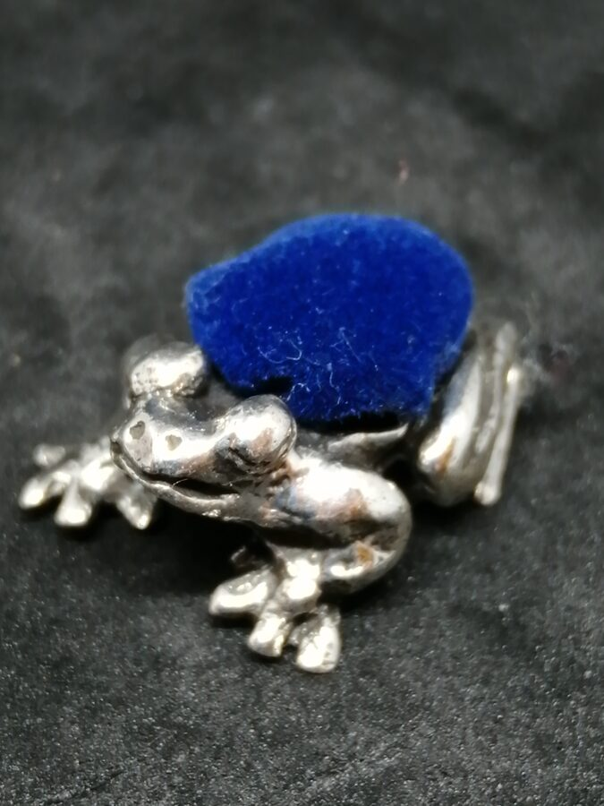 Silver Frog Pin Cushion