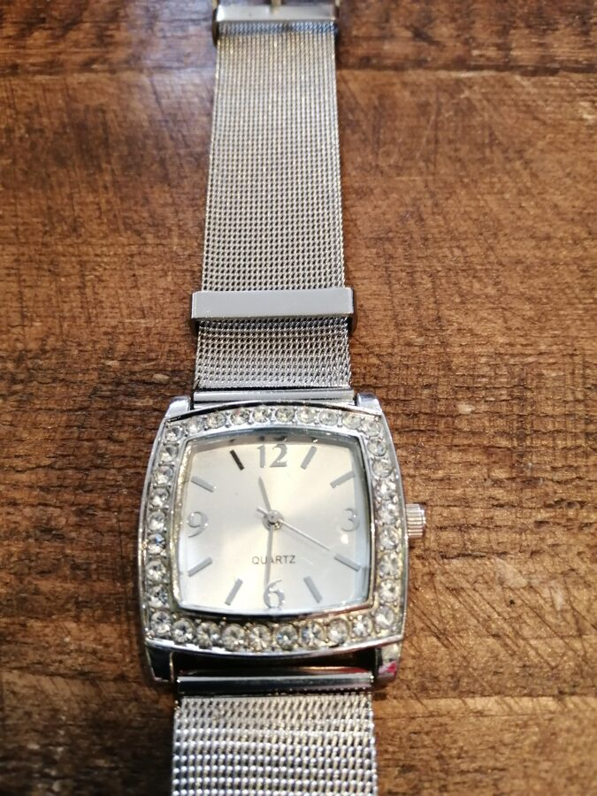 Quartz Silver Colour Watch