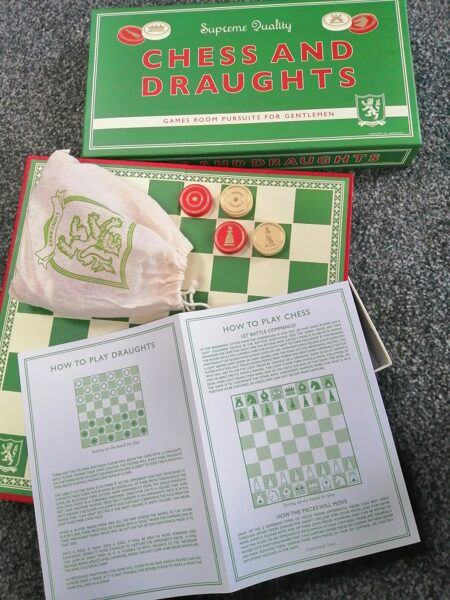 Vintage Style Draughts/Chess